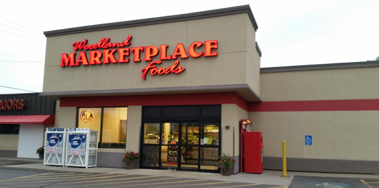 Duluth Woodland Marketplace Foods