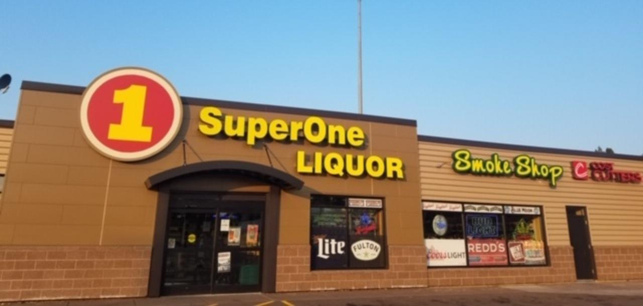 Cloquet Super One Liquor